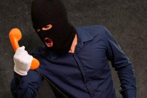 Угрожают и звонят коллекторы по кредиту: что делать и как себя вести